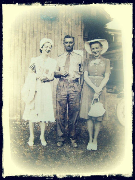 grandpa-and-the-aunts