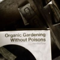 grandma's gardening without poisons