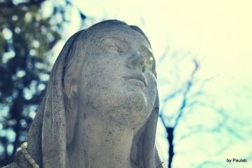 the-young-girl-praying-e