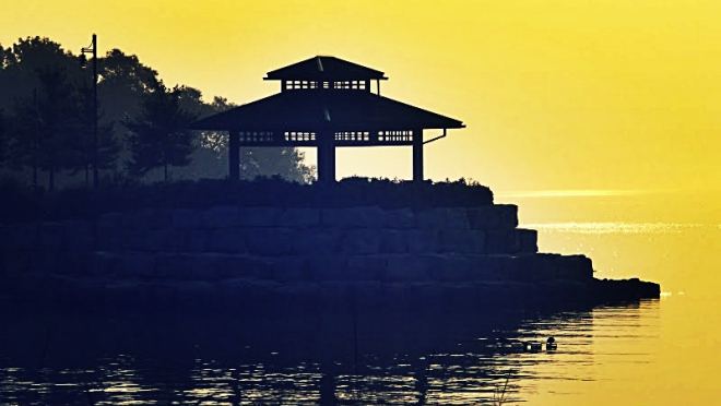 Port Credit Gazebo At Dawn - thetemenosjournal.com