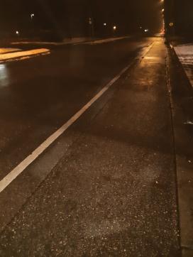 streetlights waiting for the bus - thetemenosjournal.com